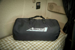 Mercedes-Denz Actros Truck